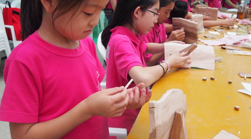 【山梨県】フルーツ王国山梨の木『桃&葡萄』の木を使った木工体験!フルーツの木で箸やフォトフレームを手作り体験してみませんか。