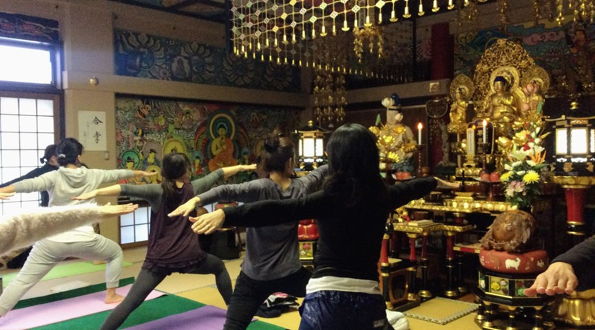 【東京・田町】<お寺でヨガ@法音寺>尼さんとヨガ&トークで心も体もきれいに!