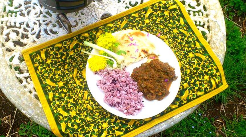 【野菜収穫&南インド風カレー作り】夏限定企画!!収穫したこだわりの夏野菜カレーで暑い夏を乗り越えよう!チャパティ作りとハーブティー作りで美味しさてんこ盛りの旅!