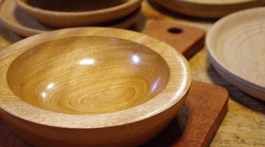 【東京都世田谷】木のお皿を作るワークショップ!木工旋盤を使ってお皿作り