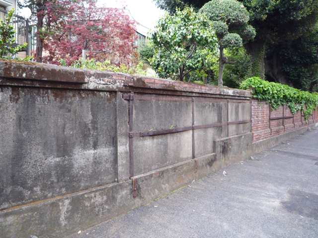 仲宿商店街~レンガ建築など旧板橋宿の痕跡を辿る