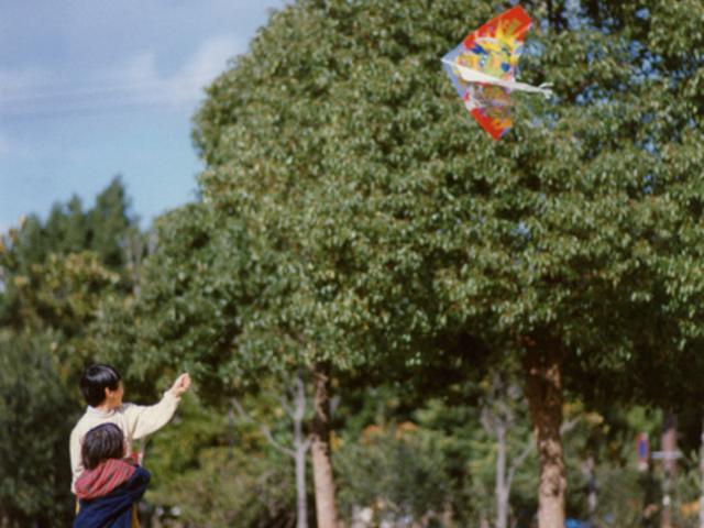 『凧作り』