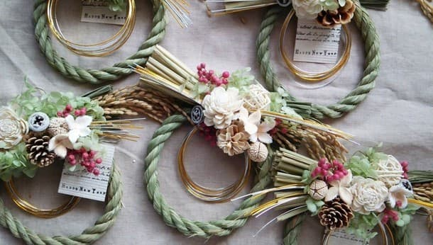 【松戸市】年明けは手作りのしめ縄で!プリザーブドフラワーのしめ縄飾り