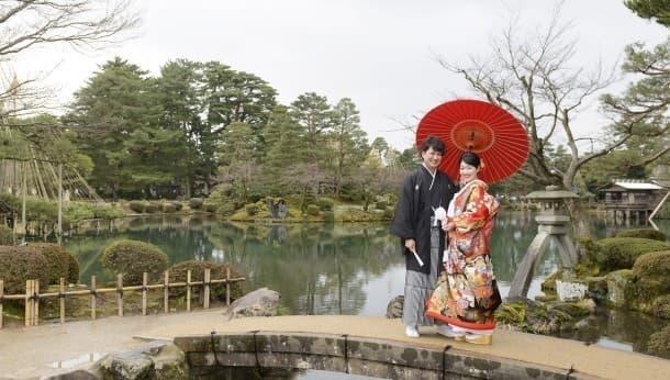 金沢・和装着付&撮影セット、兼六園とひがし茶屋街でプロによる写真撮影!