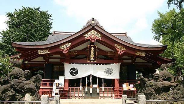 【マンガ家と巡る】日本の神話と神様をこよなく愛するマンガ家・ヨザワマイと行く!南千住の神社&古事記談義の旅!